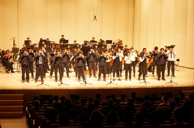 밀양전자고등학교 개교 50주년 기념 음악회 개최.jpg