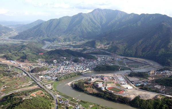 산청군 20억원 투입 국민체육센터 조성 관련 산청읍 전경 자료사진 1-1.jpg