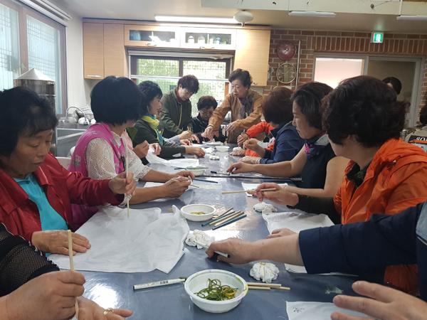 고성군 자원봉사자, 우수자원 봉사센터 벤치마킹 (2).JPG