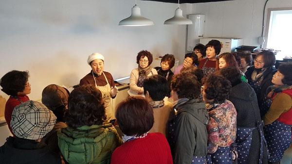 경남 고성군 우리음식연구회, 우수 식생활체험으로 새롭게 변신(1) (1).jpg