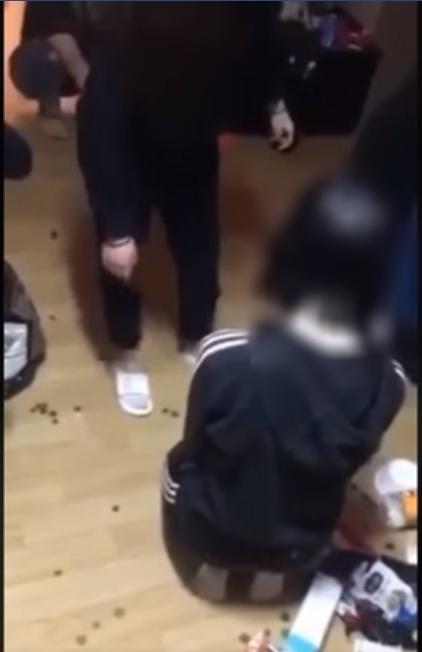 김해 여중생 폭행 영상 캡처./페이스북 갭처/