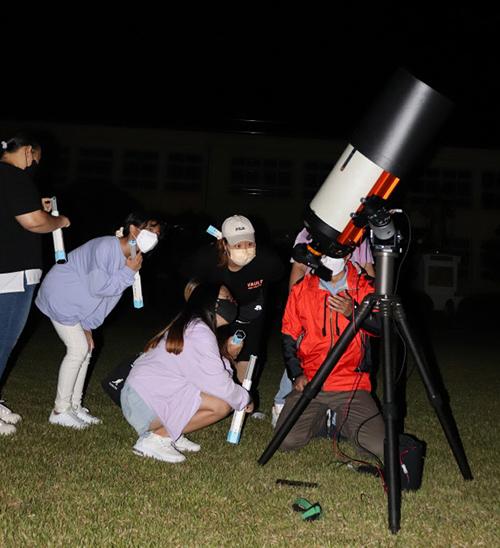 함안아라초등학교천체관측교육.jpg