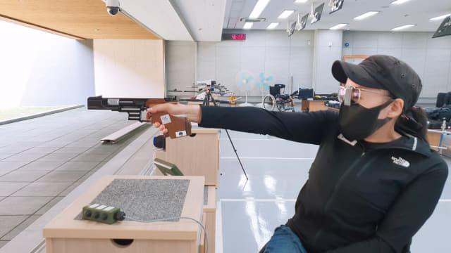 문애경 선수가 도쿄 패럴림픽을 앞두고 훈련을 하고 있다./경남장애인체육회/