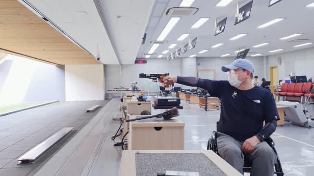 서영균 선수가 도쿄 패럴림픽을 앞두고 훈련을 하고 있다./경남장애인체육회/