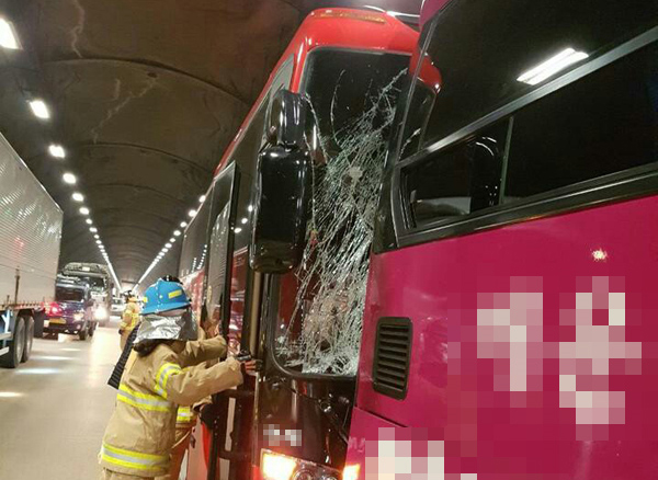 잇단 추돌사고에도 창원2터널 안전대책 없다