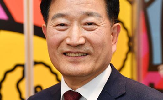 새 경남예총 회장에 조보현씨 선출