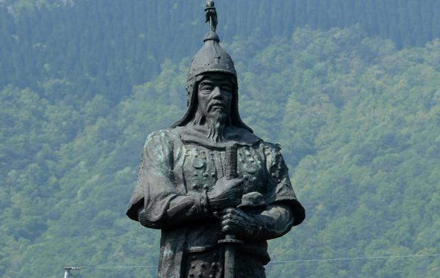 창원시, 초대형 이순신 장군 동상 건립 용역 추진