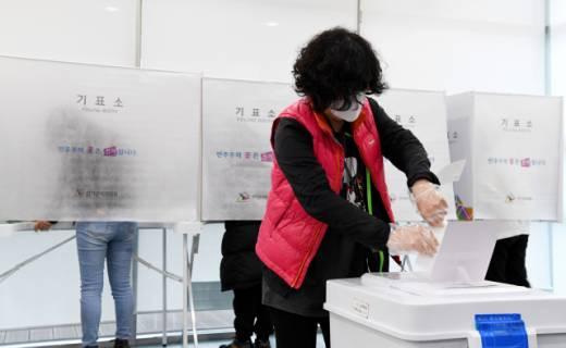 사전투표 첫날 경남 투표율 5.17%…역대 최고