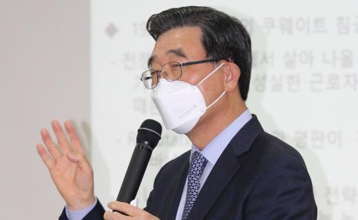 """""""청년 일자리 문제 노사정 대타협으로 풀어야"""""""