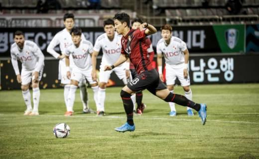 경남FC, '낙동강 더비' 부산에 1-2 패배